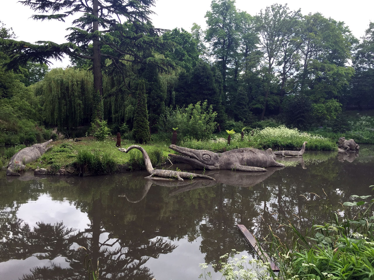 Prehistoric creatures in Crystal Palace Park