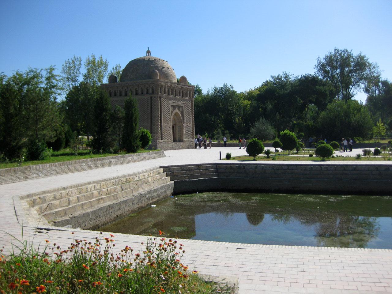 Ismail Samani Mausoleum, Bukhara