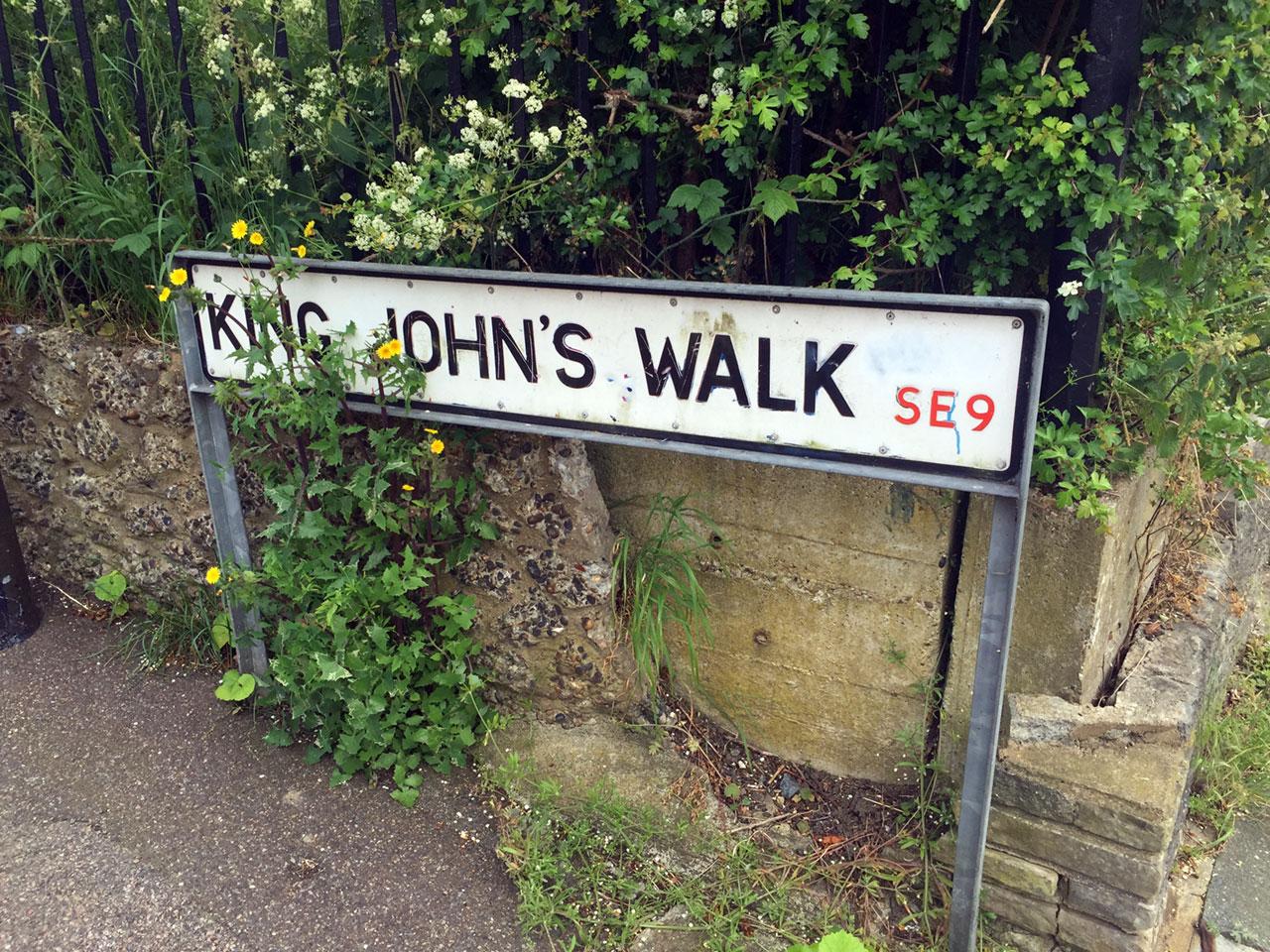 King John's Walk, Eltham street sign