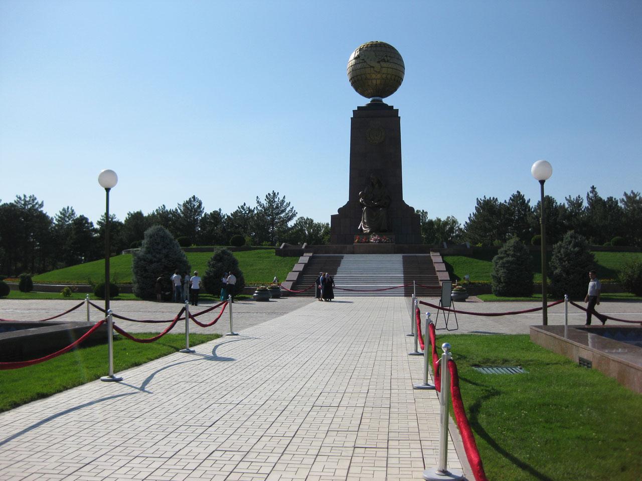 Mustaqillik Maydoni - Independence Square, Tashkent