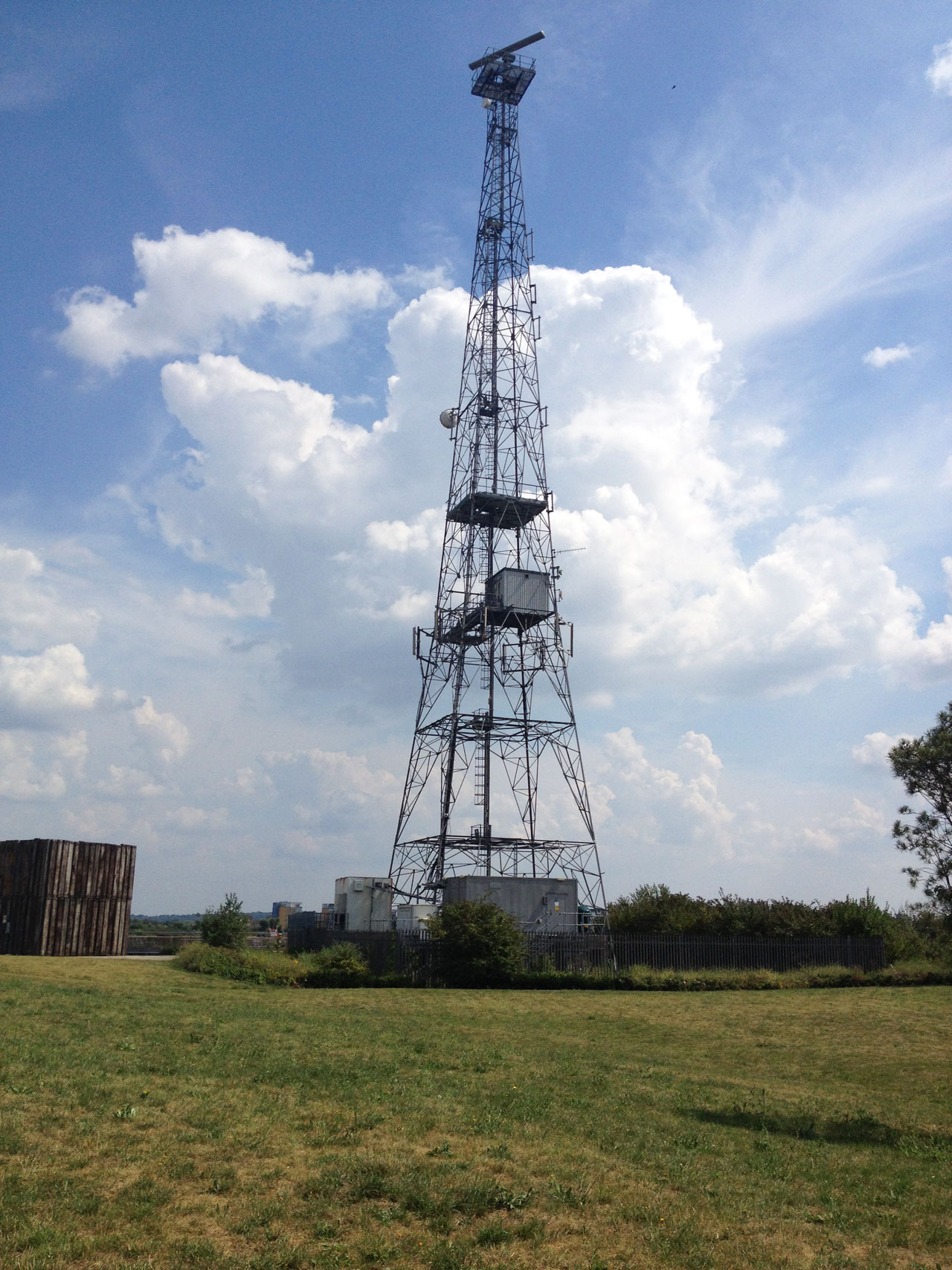 Radio mast at Gallions Reach, London