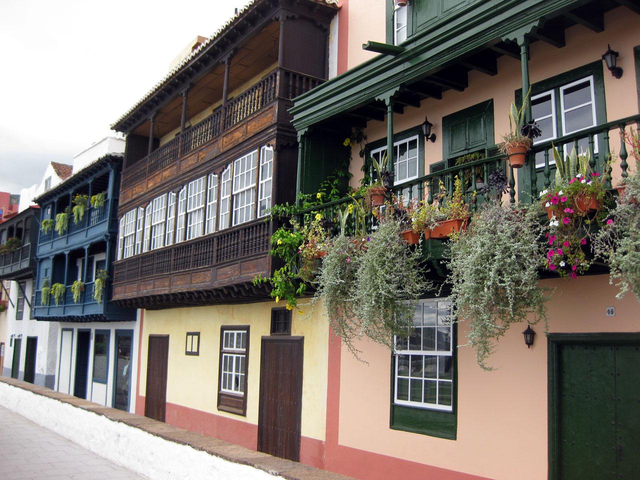 Balconies on Avenida Maritima, Santa Cruz de la Palma