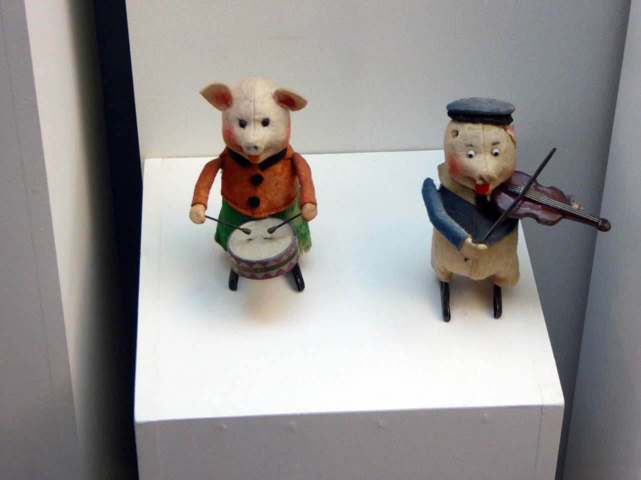 Belgian children's toys in the Huis van Alijn museum, Ghent