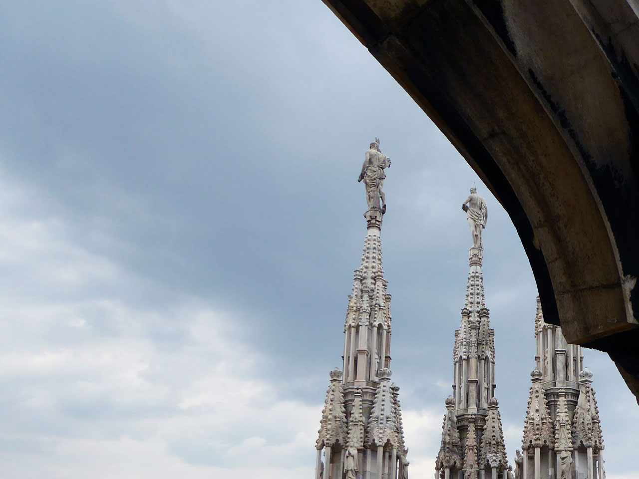 Detail on the rooftop of the Duomo, Milan